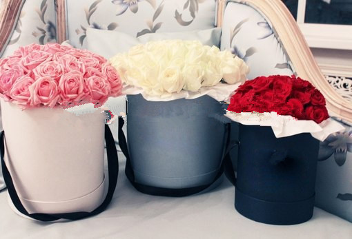 2017 Lovely paper round hat flower box wholesale/hat box packaging/round flower box/Cylinder flower box in EECA China