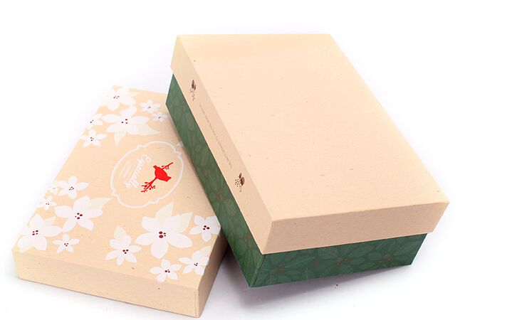 China fashion recycle box/Paper shoe packaging box Rectangular gift box supplier in EECA