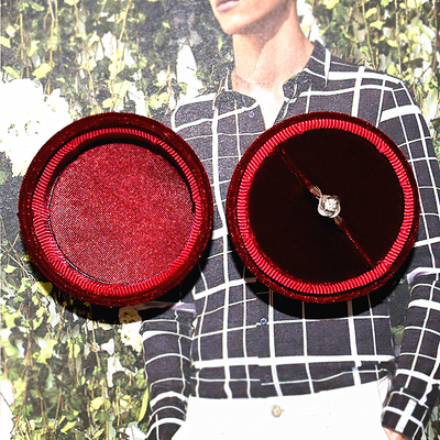 Custom Handmade Luxury Velvet Round Weeding Ring Boxes For Jewelry Suede Ring Box Wholesale
